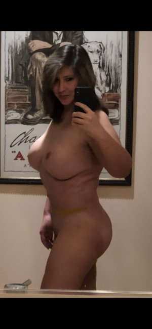 Madleen live escorts in Southern Pines NC