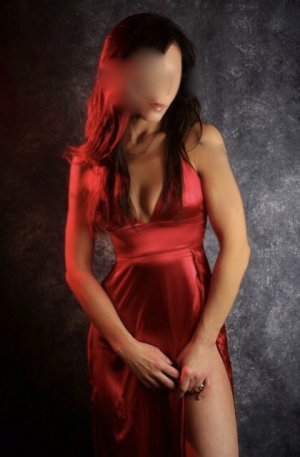 Stefanie escort in Port Orange and thai massage