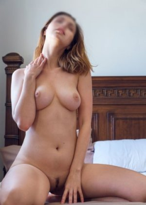 Kouba escort in Frederick & nuru massage